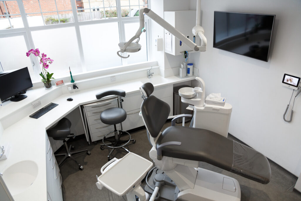 Dentist surgery in Scarborough
